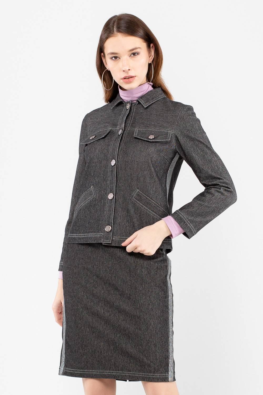 Жакет Д576-350 - Стильный жакет; куртка, станет прекрасным дополнением любого гардероба. Лаконичный дизайн позволяет ему ужиться в комплекте с вещами любого стиля, жакет вольётся и в деловой, и в повседневный гардероб. Контрастные строчки подчёркивают детали жакета, лампасы по бокам придают дизайну современное звучание. Застёгивается модель на удобные пуговицы.