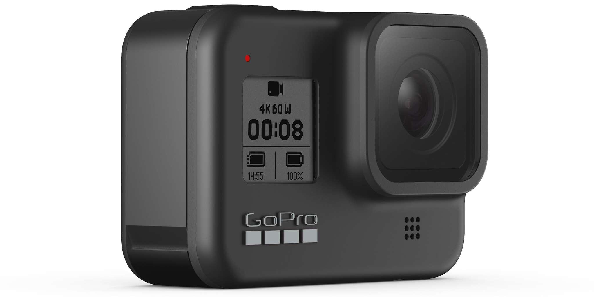 Видеокамера GoPro HERO8 Black Edition + SD Card (CHDSB-801) вид спереди