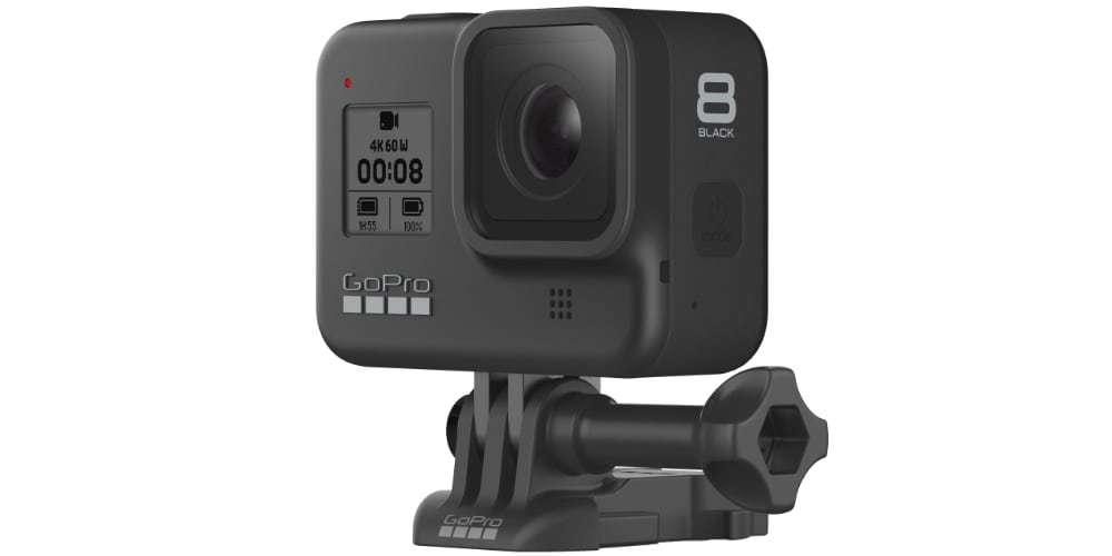 Видеокамера GoPro HERO8 Black Edition + SD Card (CHDSB-801) вид сбоку на платформе
