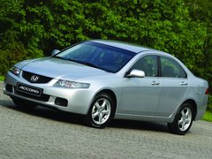 Чехлы на Honda Accord 2002–2008 г.в.