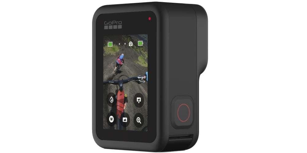 Видеокамера GoPro HERO8 Black Edition + SD Card (CHDSB-801) вертикально