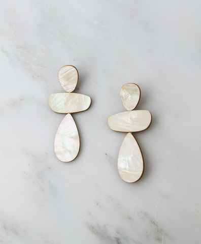 Серьги Ana Earrings in Mother of Pearl