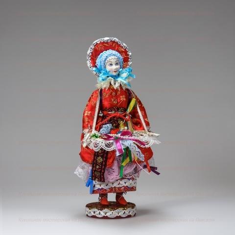 Галантерейщица - кукла на подставке