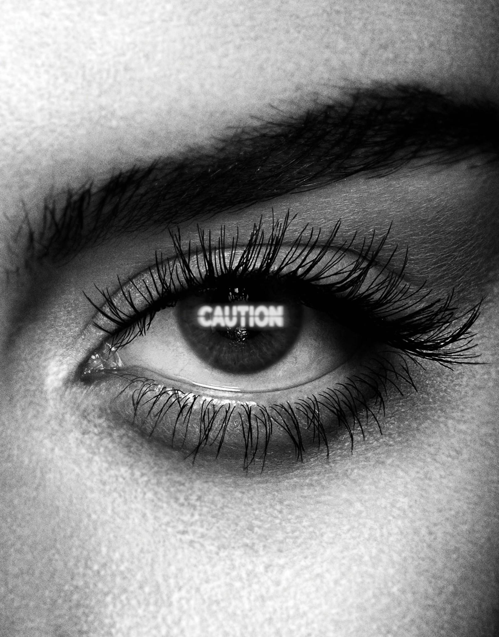 Тушь для ресниц Caution Extreme Lash Mascara