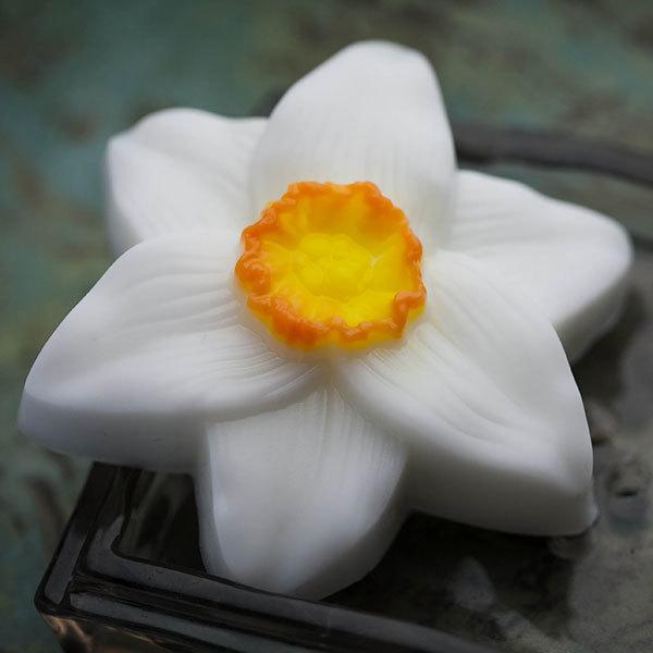 Мыло Нарцисс. Форма фигурная