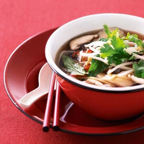 https://static-ru.insales.ru/images/products/1/3849/31403785/mushroom_and_rice_noodles_soup.jpg