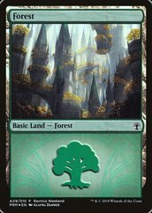 Forest (Ravnica Weekend #A09 Selesnya Foil, English) NM
