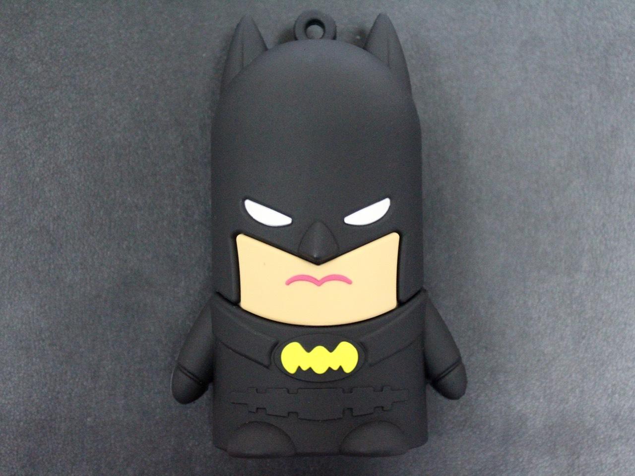 Архив Бэтмен - портативный аккумулятор на 8800 mAh batman1.jpg