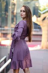 Сиреневое платье в горох интернет магазин