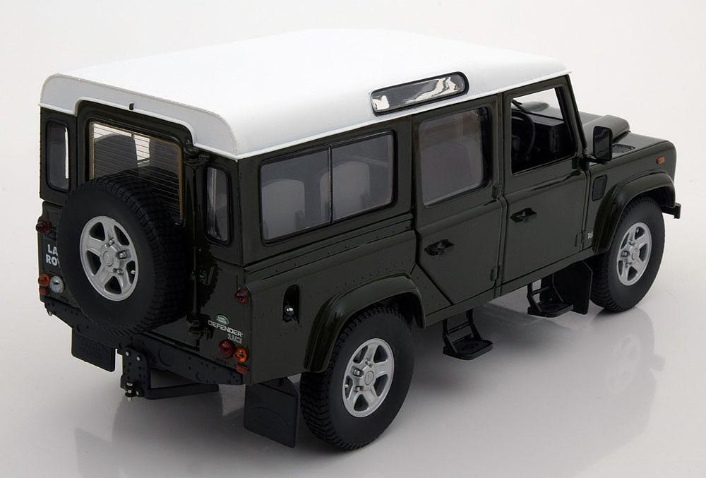 Коллекционная модель Land Rover Defender 110 Station Wagon 1999