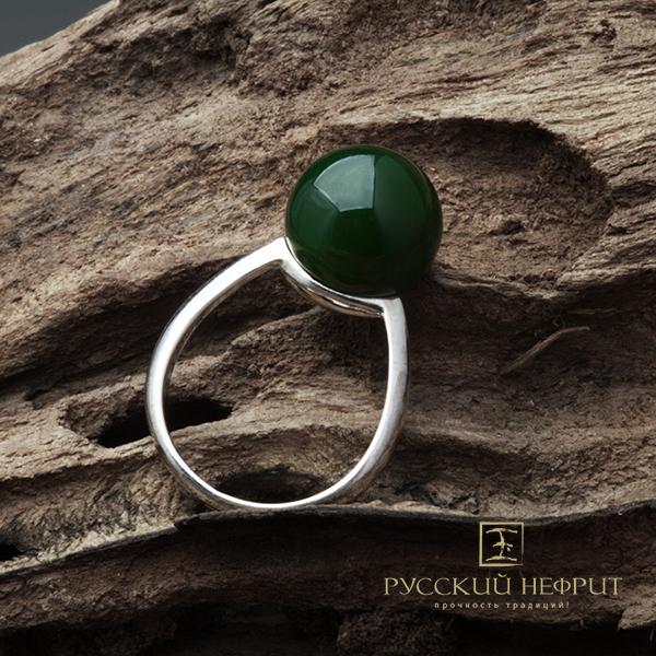Кольца Кольцо с зелёным нефритом. Perlus. kolso_perlus_zel.jpg