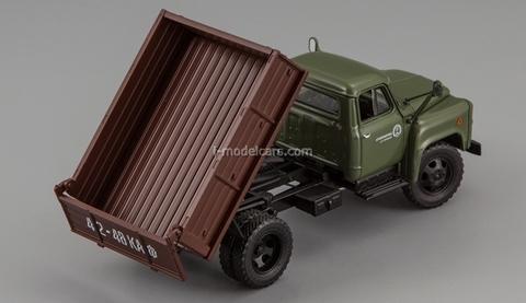 GAZ-52-02 SAZ-3503 1978 green-brown DIP 1:43