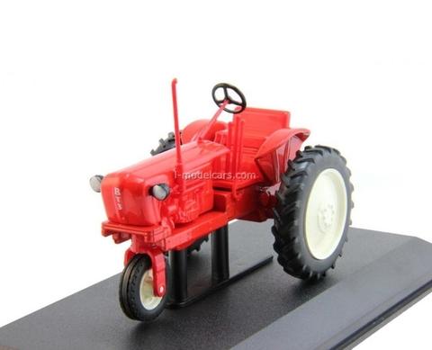 Tractor T-28H 1:43 Hachette #39