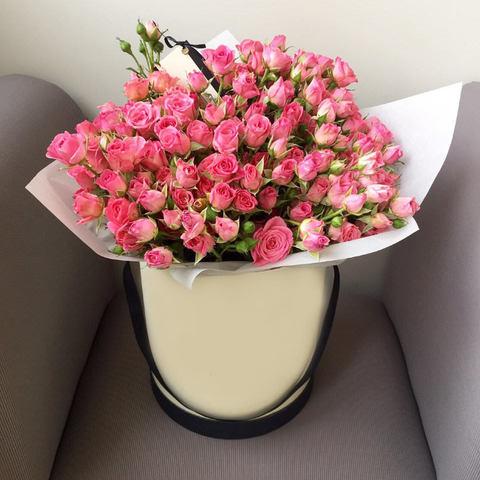 19 кустовых роз в шляпной коробке #1541
