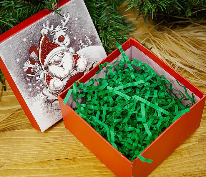 BOX260-2 Подарочная коробка «Дед Мороз на оленях» (11*11*8 см) фото 05