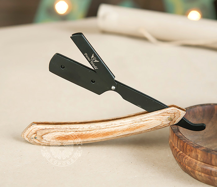 Фото - Бритва шаветка с деревянной рукояткой и держателем черного цвета опасная бритва с рукояткой из дерева