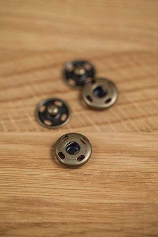 Кнопка пришивная античная латунь 10, 12, 15 мм
