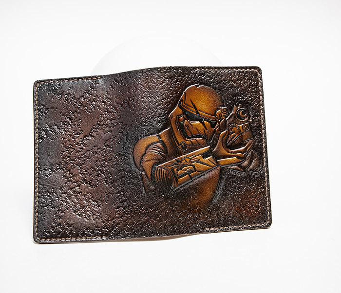 BC229 Кожаная обложка на паспорт «Штурмовик» («Звездные Войны») фото 03