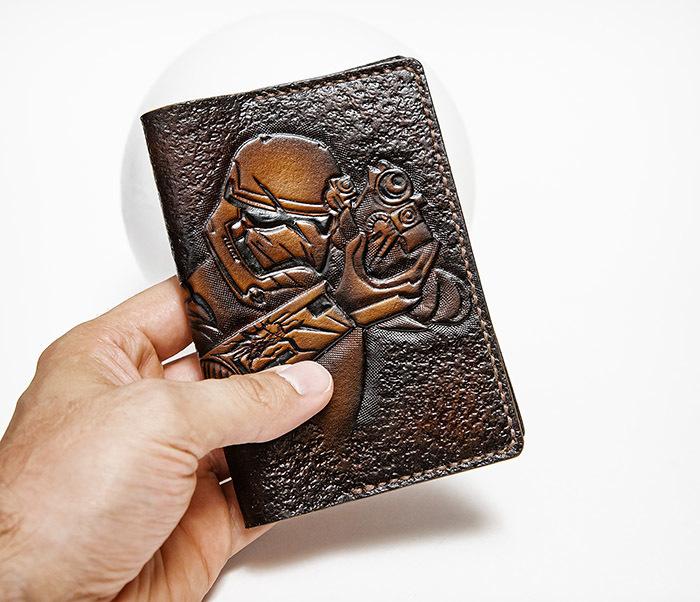 BC229 Кожаная обложка на паспорт «Штурмовик» («Звездные Войны») фото 04