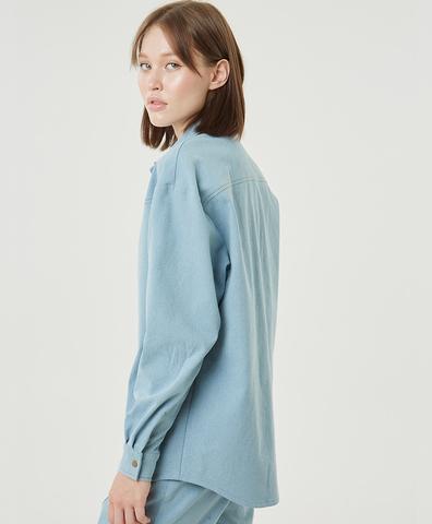 Рубашка из голубого денима