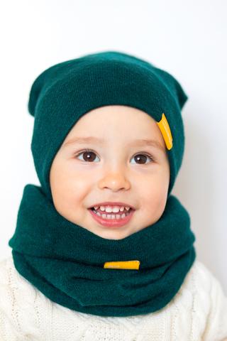 детская шапка из турецкой шерсти сине-зеленая