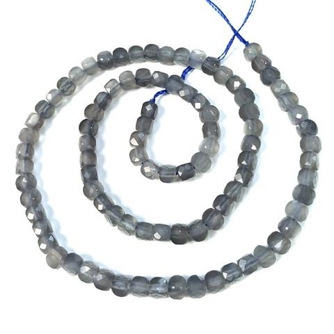 Бусина серый лунный камень АА кубик граненый 4,4 мм 6 бусин