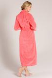 Персиковый махровый халат Taubert