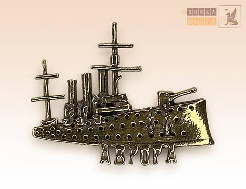 значок бронзовый Крейсер Аврора