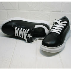 Черные кожаные кроссовки с белой подошвой женские Wollen P337 K71 BW