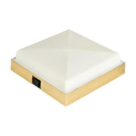 Светильник интерьерный накладной, 135 х 135 мм, пластмасса