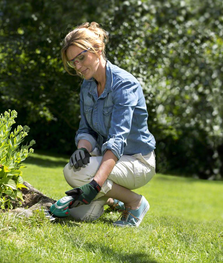 Аккумуляторные ножницы Bosch для травы и кустов, комплект Isio
