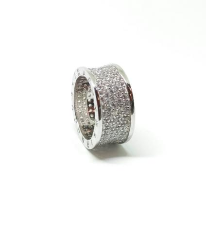 Широкое кольцо из серебра с микроцирконами