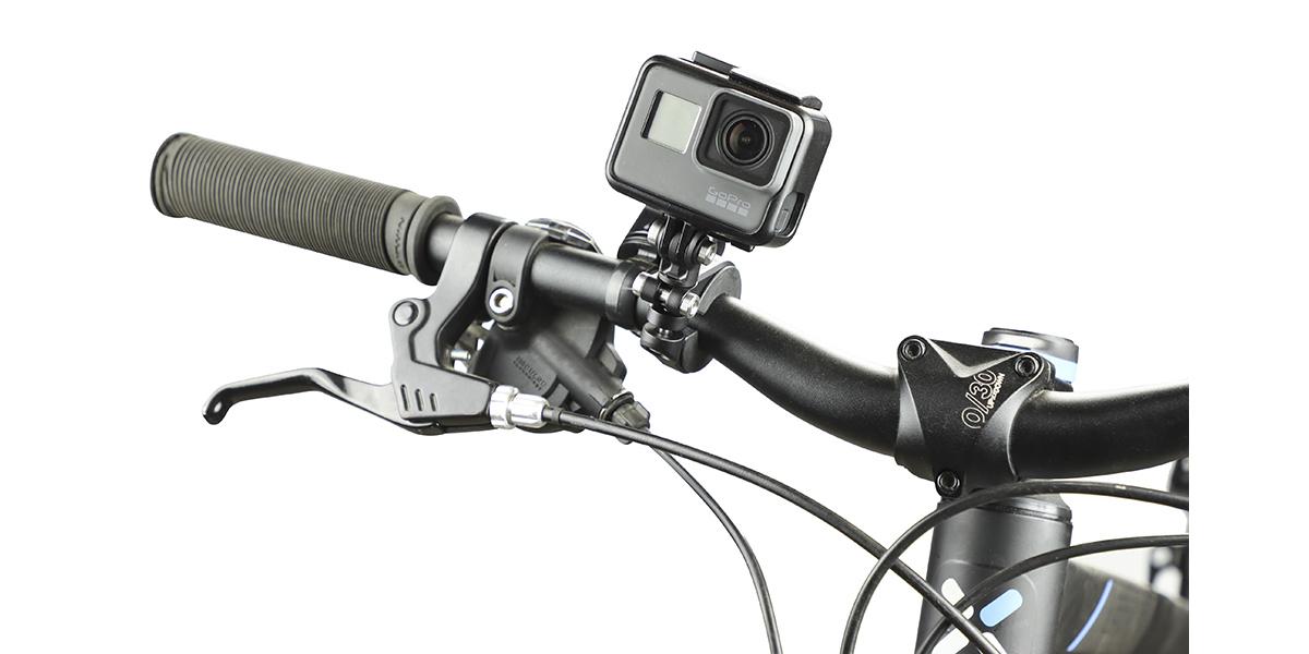 Крепление на руль/седло/раму велосипеда GoPro Pro Handlebar/Seatpost/Pole Mount (AMHSM-001) с камерой вид спереди
