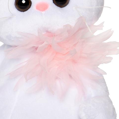 Кошечка Ли-Ли с розовой хризантемой