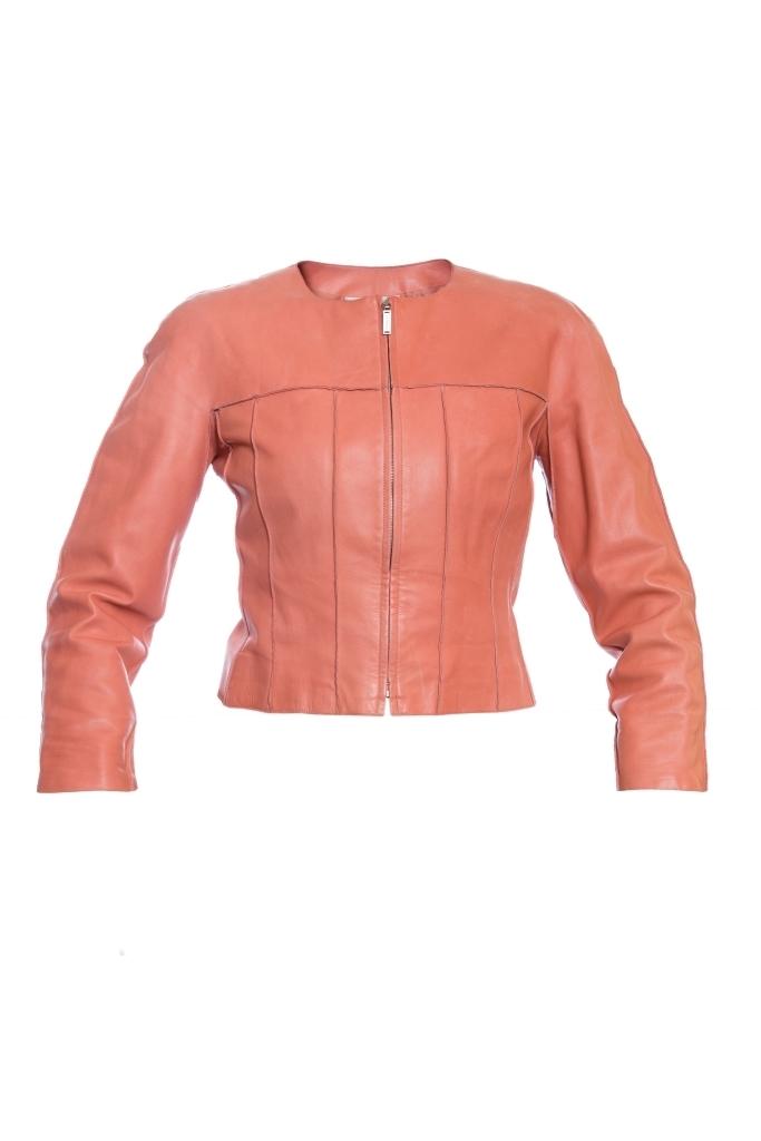 Укороченная куртка из кожи персикого цвета от Chanel, 36 размер.