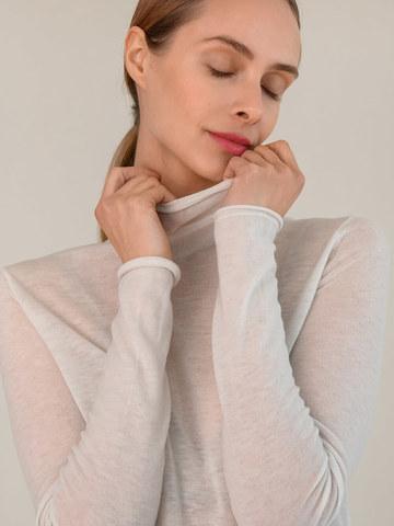 Женский джемпер молочного цвета из 100% шерсти - фото 3