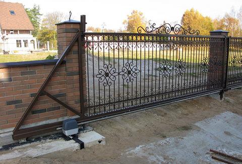 Кованые откатные ворота N-6