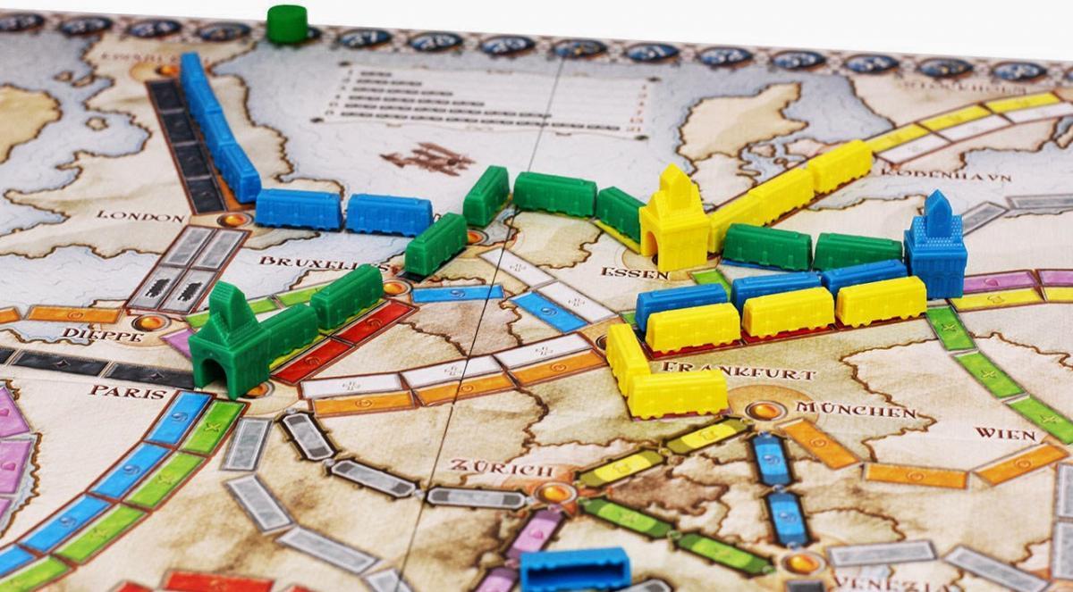 Настольная игра Билет на Поезд: Европа (Ticket to Ride: Europe)
