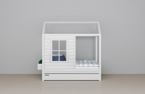 Кровать-домик для девочки