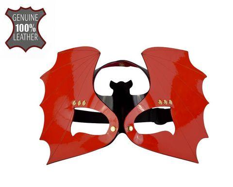 Красно-черная лаковая маска