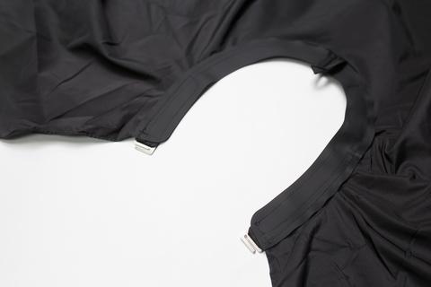 Накидка Ставвер черная Коллар Кейп для стрижки с крючками