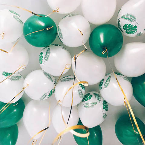 25 шаров 36 см зеленый, белый с листьями