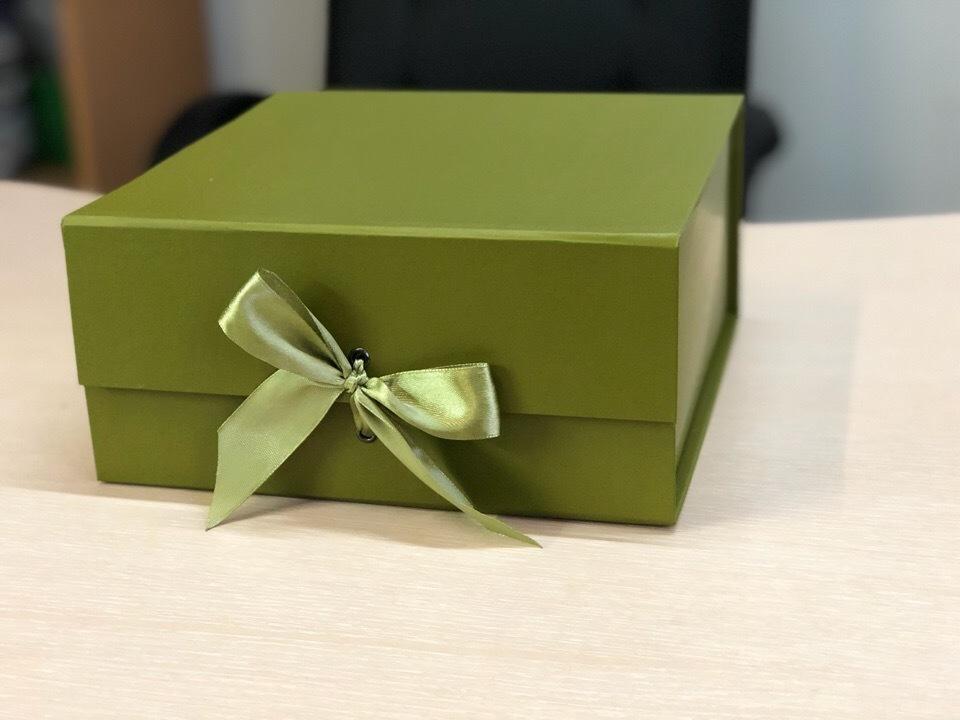 Коробка сундучок болотный.  Розница 300 рублей