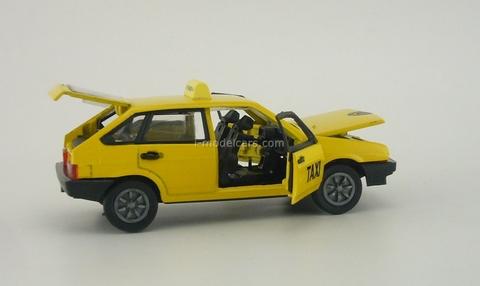 VAZ-2109 Lada Taxi Agat Mossar Tantal 1:43