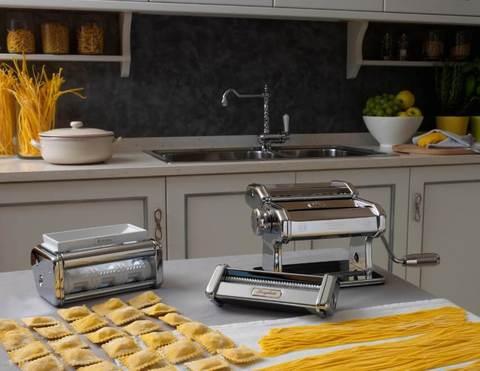 Машинка для изготовления пельменей Атлас 150 с насадками для спагетти и домашней лапши, Pasta Set Marcato, фото