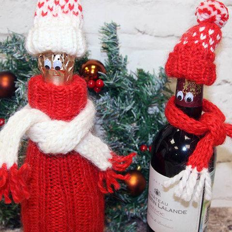 Новогодний комплект Шапка и шарфик для двух бутылкок