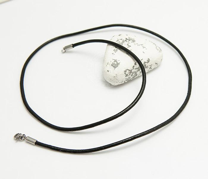 PL281-1 Кожаный шнур черного цвета со стальной застежкой фото 03