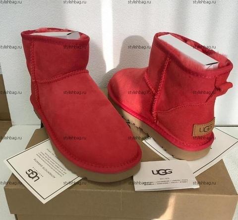 Женские красные мини угги UGG Classic Mini  Red