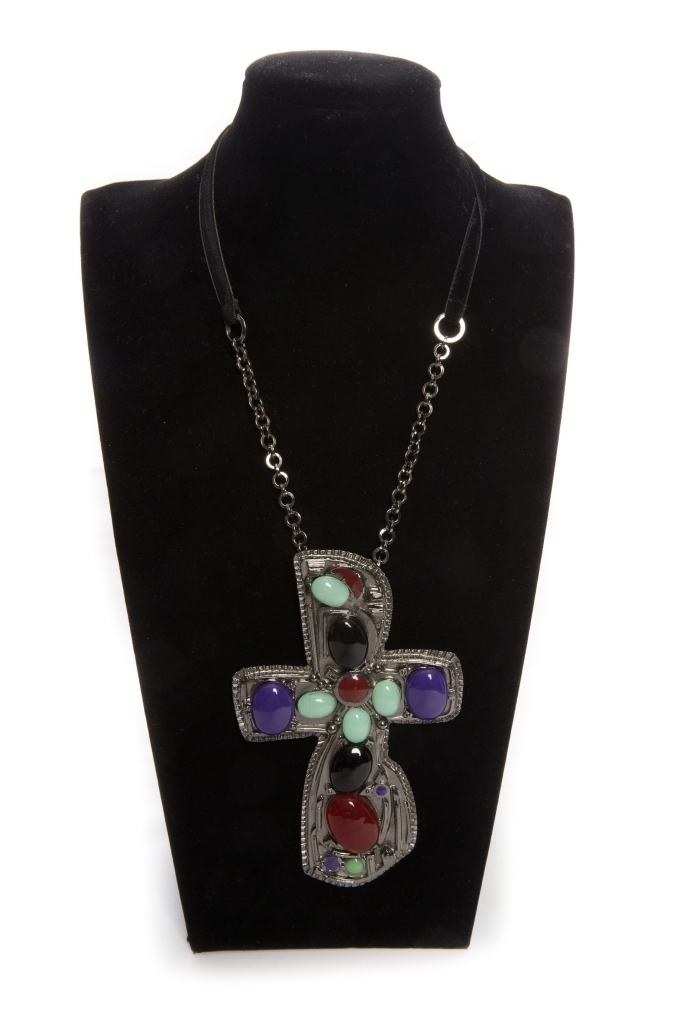 Classy cross pendant with Gripoix glass by Chanel