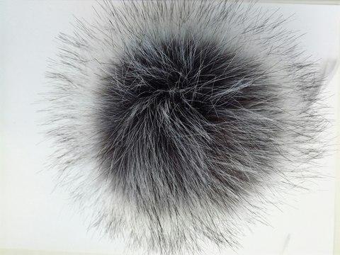 Помпон искусственный чернобурка